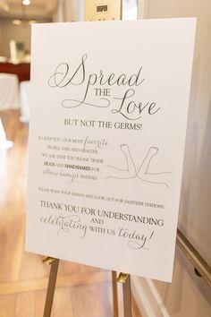 Wedding Signs, Wedding Cards, Our Wedding, Dream Wedding, Wedding Ideas, Wedding Welcome Gifts, Making Wedding Invitations, Wedding Giveaways, Outdoor Wedding Decorations