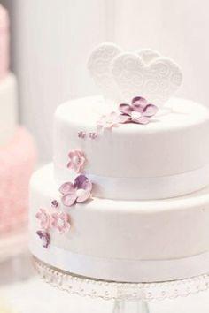 Pretty Cakes, Beautiful Cakes, Costco Wedding Cakes, 60th Anniversary Cakes, Cake Structure, Strawberry Cream Cakes, Dessert Bar Wedding, Custom Cupcakes, Cake Business