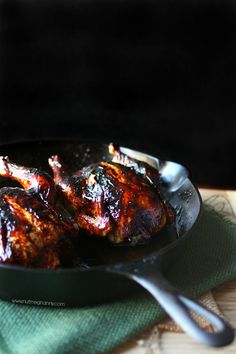 These sweet little pomegranate molasses glazed Cornish hens are the perfect addition to your dinner table. They are full of pomegranate and molasses flavor. Pomegranate Recipes, Pomegranate Molasses, Pomegranate Juice, Cornish Hen Recipe, Cornish Hens, Glazed Chicken, Le Diner, Le Chef, Chicken Recipes