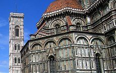 Florence, the city of renaissance, is an interesting city with versatile qualities. In fact it is not that easy to make a roadmap to explore the city of Florence at one go. In order to explore Florence you have to understand the city and that can be done only by personal impressions.