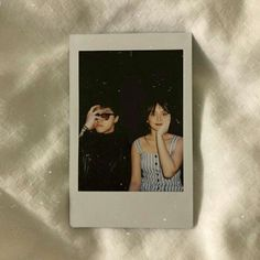 Celebrity Singers, Daniel Padilla, Kathryn Bernardo, Polaroid Pictures, Ulzzang Couple, Aesthetic Stickers, Tumblr Photography, Cute Couples Goals, Sweet Couple
