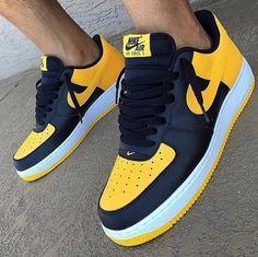 Nike Air Force 1 yellow black by gueule_dangeee Air Force One Shoes, Nike Air Force Ones, Nike Force 1, Custom Sneakers, Custom Shoes, Nike Air Force Homme, Nike Air Shoes, Sneakers Nike, Black Sneakers