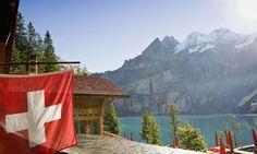 Las restricciones en el #mercadoinmobiliario suizo para inversores extranjeros @FosterSwiss #inversiones #inmobiliario #Suiza #vacaciones