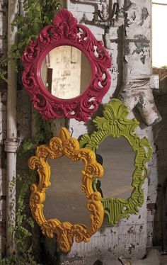 IMAX Finely Green Baroque Wall Mirror - In a vivid green baroque style frame, the Finely wall mirror adds a vintage style to any space. Baroque Decor, Baroque Mirror, Victorian Decor, Mirror Painting, Painting Frames, Rustic Mirrors, Painted Mirrors, Vintage Mirrors, Recycled Home Decor