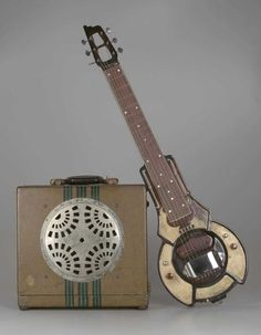 Steel guitar and amplifier, 1936, America The Museum of Fine Arts, Boston. History of the Electric Guitar. Very early electric guitar and amp.