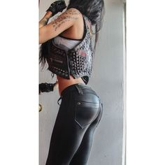 Leather And Lace, Leather Pants, Black Leather, Studded Leather, Fashion Moda, Womens Fashion, Looks Pinterest, Biker Pants, Girl Outfits