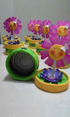 Foam Crafts, Diy And Crafts, Crafts For Kids, Arts And Crafts, Recycle Cans, Foam Sheets, Ideas Para Fiestas, Felt Patterns, Flower Crafts