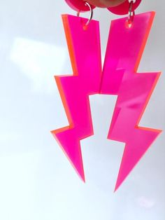 Hot Pink Neon Lightning Bolt Earrings Fluoro Acrylic Choose Your Size Pink Earrings, Clay Earrings, Polymer Clay Jewelry, Lightning Bolt Earrings, Accesorios Casual, Jewelry Polishing Cloth, Black Glitter, Pink Aesthetic, Cute Jewelry