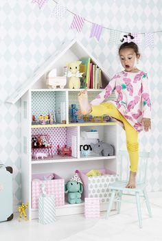 www.pandurohobby.com Home Decor by Panduro #DIY #interior #kidsroom #kids #room #dollhouse #barnrum #dockskåp #kreativakarin
