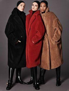 The timeless allure of Max Mara icon coats: Manuela and Teddy Bear. Max Mara Teddy Coat, Teddy Bear Coat, Max Mara Coat, Fashion Mode, Look Fashion, Womens Fashion, Street Fashion, Fashion Group, Petite Fashion