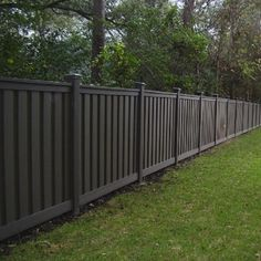 6 Intelligent Cool Tips: Fence Ideas For Backyard Front Yard Fence For Dog.Garden Fence 25 Year Guarantee Wooden Fence With Welded Wire.Backyard Fence With Lights. Cheap Privacy Fence, Privacy Fence Designs, Garden Privacy, Backyard Privacy, Diy Fence, Backyard Fences, Garden Fencing, Backyard Landscaping, Fence Ideas