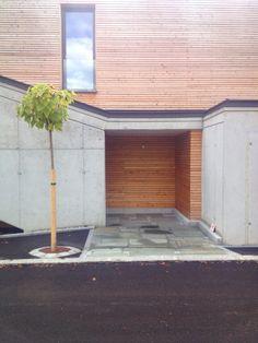 Eingangsbereich Garage Doors, Outdoor Decor, Home Decor, Door Entry, Decoration Home, Room Decor, Home Interior Design, Carriage Doors, Home Decoration