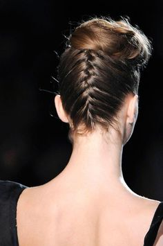 Ultimate BRAIDS Glossary: A Guide To Every Type of Braid There Is - The Upside Down Braid