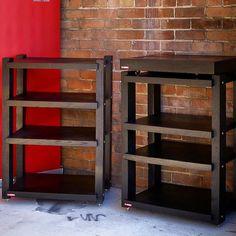 2 racks = 250lbs. White oak. 40 lb platform.  #stereophile #audiophile #highend #woodwork #woodporn de massif_audio_design