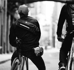 Chrome Victor Messenger Sling Bag | Sacoche vélo pour appareil photo | Chrome Industries