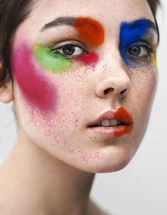 Maquillage : annoncez la couleur !