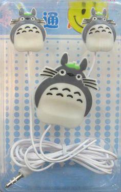 Totoro little stuff Hayao Miyazaki, Studio Ghibli, Totoro Merchandise, My Neighbor Totoro, Rilakkuma, Kawaii Cute, Over The Rainbow, Cute Characters, Fan Gear