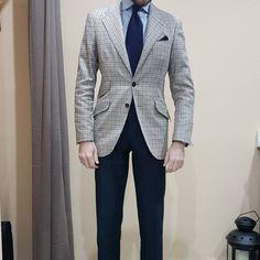 #lopezaragon #menstyle #mensfashion #sartoria #spain #fashionable #fashionblog #fashiongram #fashionista #sprezzatura #styleblog #styleblogger #blogstyle #dapper #suit #smart #menslook #look #outfit #lookbook #outfitoftheday #lookoftheday #outfitpost