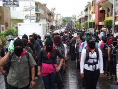 Marcha zapatista en Palenque, 21 de diciembre de 2012 (Foto @SIPAZ)