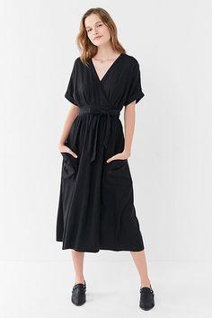 UO Gabrielle Linen Midi Wrap Dress