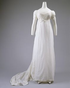 White Cotton Empire Dress, British, c.1803, The Metropolitan Museum of Art, New York