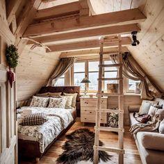 Trzy ekskluzywne, w całości drewniane domki w górach, a w nich niezwykle elegancką mieszankę piękna starych, często zabytkowych przedmiotów...