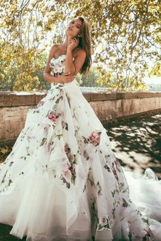 9b42f6f588e271 Gushing over this floral-inspired utterly romantic Alessandro Angelozzi gown !