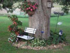 30 Popular Tree Ring Landscape Design Ideas For Your Garden - For a perfect circ. 30 Popular Tree Ring Landscape Design Ideas For Your Garden – For a perfect circular tree ring, l Garden Yard Ideas, Garden Trees, Lawn And Garden, Garden Art, Backyard Trees, Backyard Seating, Backyard Shade, Cozy Backyard, Patio Ideas