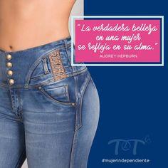 Cute Backpacks, Jeans Style, Blue Jeans, Barcelona, Girl Fashion, Skinny Jeans, Glamour, Denim, Pants