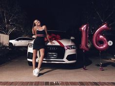 Maddie Ziegler celebrates her sweet 16 with Sia, and gets a great new trip - Dance Moms Carros Audi, Ft Tumblr, Sweet 16 Photos, Sweet Sixteen Pictures, Tres Belle Photo, Car For Teens, Teen Summer, Swing Dancing, Teen Mom
