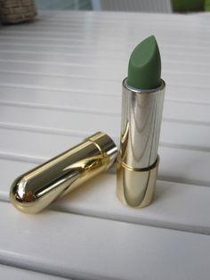 pigmenttihuulipuna Lipstick, Photo And Video, Beauty, Lipsticks