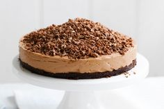 Toblerone cheesecake: This decadent cheesecake by Philadelphia will take centre-stage at your dessert table. can use milk or dark Toblerone for this recipe. Toblerone Cheesecake Recipe, Toblerone Cake, Cheesecake Recipes, Chocolate Cheesecake, Köstliche Desserts, Chocolate Desserts, Dessert Recipes, Christmas Desserts, Sweet Recipes