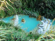 Un río y una cadena de cascadas de agua turquesa, en México - Viajes - 101lugaresincreibles -