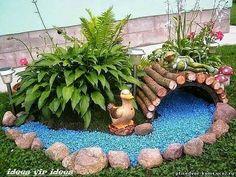 10 Creative and Unique Small Garden Decor Ideas - Simphome Garden Decor, Small Garden Design, Rock Garden, Garden Yard Ideas, Fairy Garden Diy, Amazing Gardens, Backyard Landscaping Designs, Diy Garden, Garden Projects