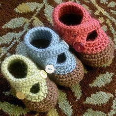 Keep tootsies cozy with DIY baby booties.