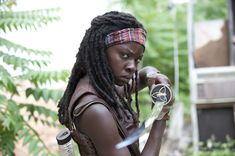 The WALKING DEAD 'mid-season finale' starts in 10 minutes!!  Michonne!!