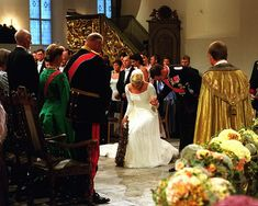 The bridal couple in Oslo Cathedral; wedding of Crown Prince Haakon of Norway and ms. Mette-Marit Tjessem Høiby, August 25th 2001