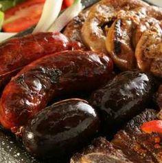 Ha így sütöd a hurkát, többé nem durran ki Hungarian Recipes, Hungarian Food, Meat, Ethnic Recipes, Hungary, Hungarian Cuisine