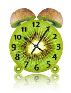 Kiwi my favorite. Traditional Clocks, Unusual Clocks, What Time Is, Juicy Fruit, The Beautiful Country, World Of Color, Food Art, All About Time, Kiwi Ideas