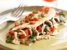 Zesty Spinach Omelet http://www.prevention.com/food/healthy-recipes/healthy-breakfast-recipes-hearty-enough-for-dinner/slide/5