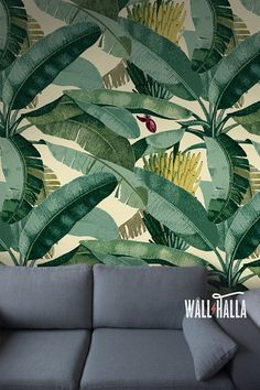 Turn your walls into eyecatchers with this self adhesive wallpaper! This wallpaper features a banana tree leaf print, bound to stand out on any wall. The yellow and green colors are featured on a sand background and look stunning. The self adhesive wallpaper has a vintage flavor and makes quite the impression! > SIZE < The default sizes are designed for your convenience: Half: 24 inches wide x 48 inches tall / 61 cm x 120 Full: 24 inches wide x 96 inches tall / 61 cm x 240 No wall is the…