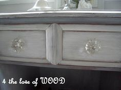 4 the love of wood: A BARN GEM - white washed dove grey table