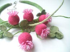 Filz Blumen Halskette-Klee handgefertigt  Zubehör