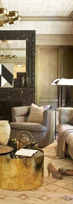 PAPARAZZO OF INTERIORS l Kelly Wearstler Designs l Ria