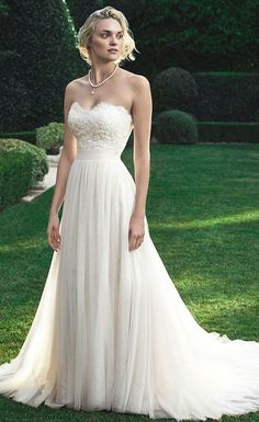 Strapless-Beach-Wedding-Dress-by-Casablanca-Bridal-2016.jpg (550×899)