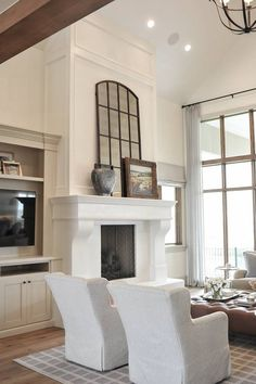 Most current Photos cast Stone Fireplace Ideas Stacked stone fireplaces are undeniably gorgeous and can turn what would otherwise be a plain, borin Two Story Fireplace, Stone Fireplace Mantel, Stacked Stone Fireplaces, Fireplace Screens, Home Fireplace, Fireplace Surrounds, Fireplace Design, Fireplace Ideas, Limestone Fireplace