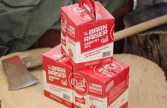 Специалисты из креативного агентства Insite Design разработали оригинальную конструкцию коробки для упаковки пива Oast House Brewers Can и дизайн для оформления как банок, так и для их коробки. Картонная коробка разделена на два отсека, в каждом находится по две банки, разделитель одновременно служит ручкой для переноски коробки. Коробки оформлены печатью в два цвета: красным по белому.  http://am.antech.ru/mqyI