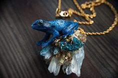 necklace  psychedelic frog magic  frogblue  frog от EllenRococo