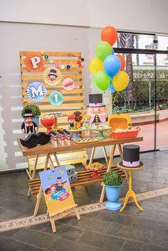 Festa de aniversário Mundo Bita: Ideias incríveis - Fazer em Casa Birthday Packages, Cars Birthday Parties, Birthday Table, Baby Party, Birthday Decorations, Holidays And Events, Animal Birthday, Party Themes, Picnic