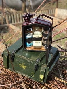 Best Gifts For Men, Gifts For Father, Gifts For Family, Jerry Can Mini Bar, Personalised Glasses, Unusual Gifts, Groomsman Gifts, Unique Weddings, Wooden Boxes
